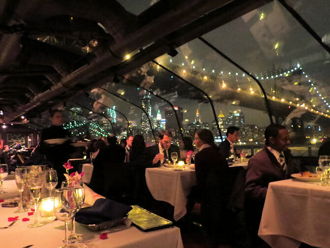 Bateaux dinner cruise à New York