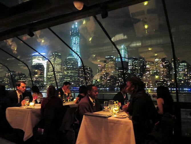 Bateaux Diner-Croisiere a New York - Passagers
