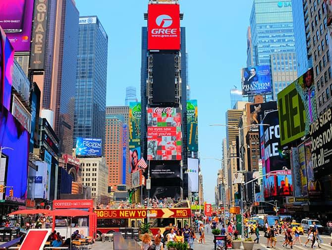 Times Square à New York - Panneaux publicitaires