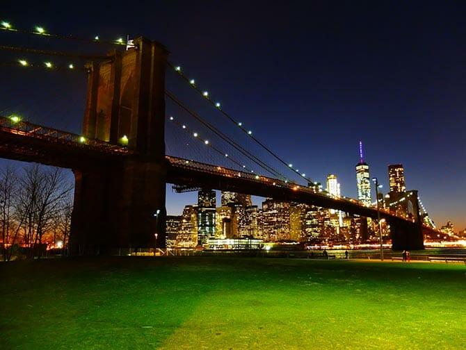 Parcs à New York - Brooklyn Bridge de nuit