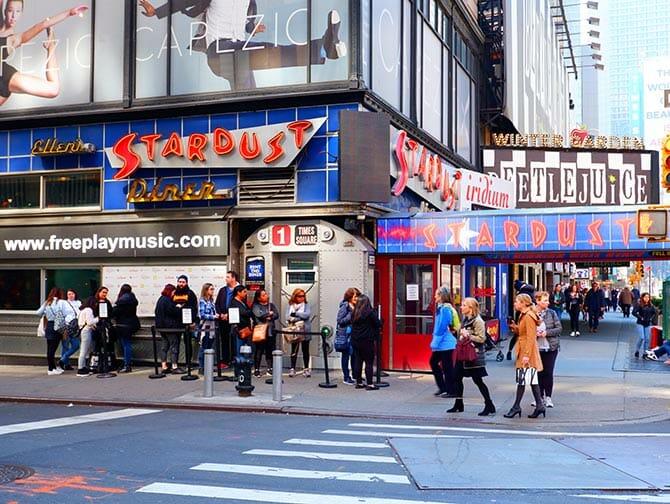 Restaurants à thème New York - Ellen's Stardust Diner