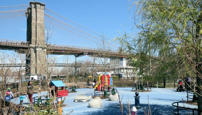 Terrain de Jeux Pier 1 Playground