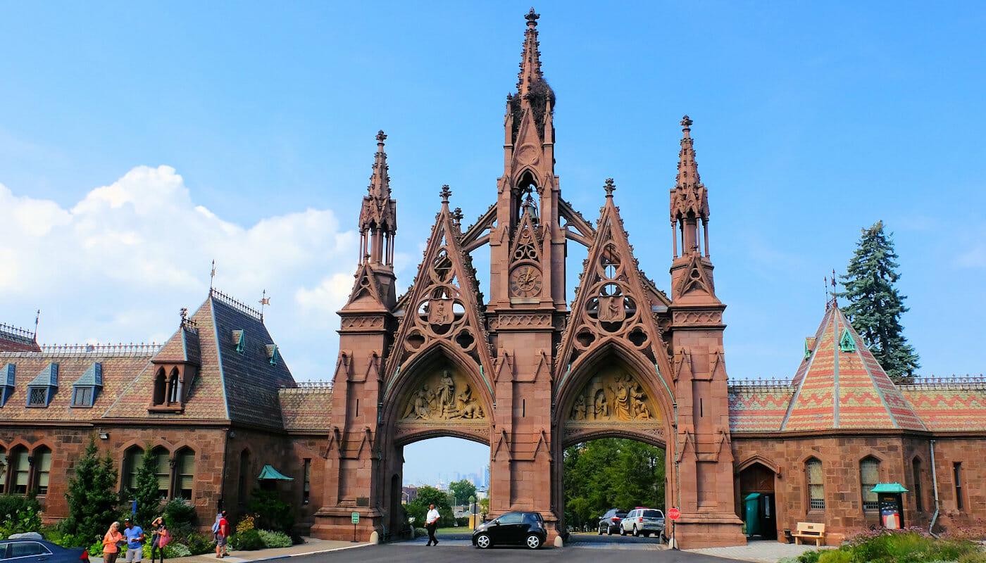 Visite Guidée de Brooklyn - Entrée Green-wood Cemetery