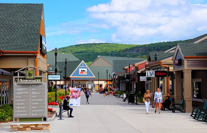 Woodbury Common Premium Outlet Center à New York - Shopping