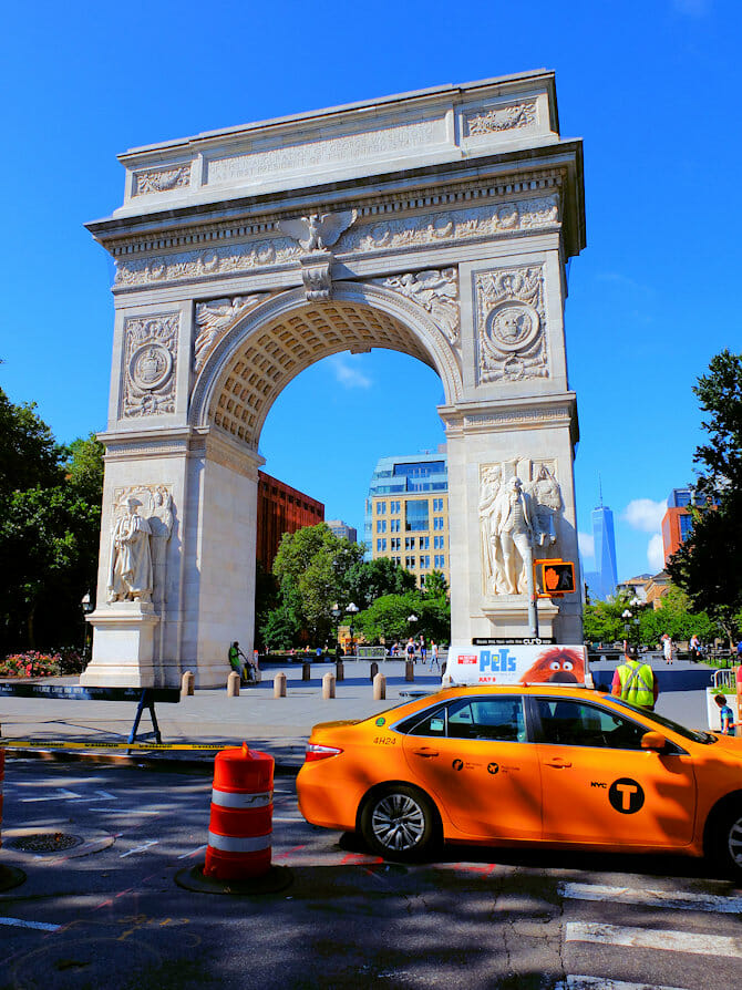 Visite guidee de Manhattan à vélo - Washington Square Park