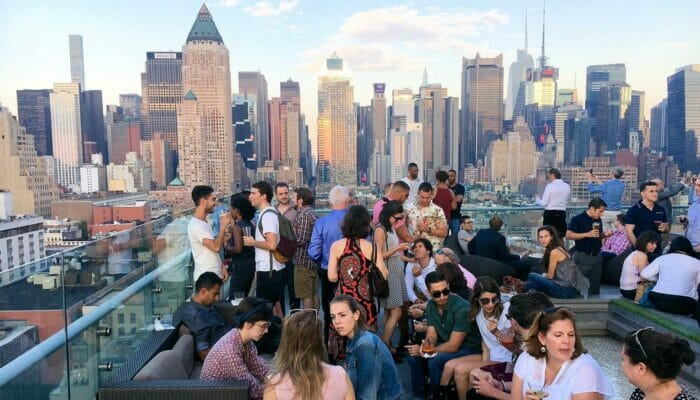 Rooftop Bar Tour in New York Manhattan