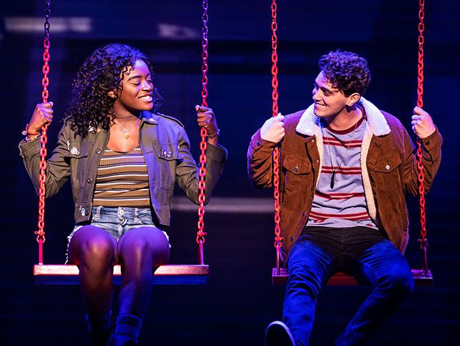 Billets pour Jagged Little Pill a Broadway - Sur la balancoire