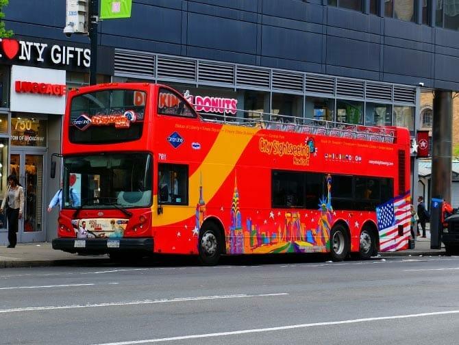 Formule bus touristique plus attractions a New York