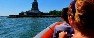 High Speed Boat Tour à New York