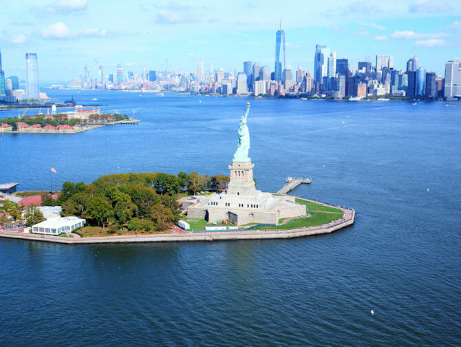 Vol en hélicoptère à New York - Statue de le Liberté & Downtown