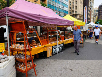 Voyage eco responsable a New York Pain au Union Square Greenmarket