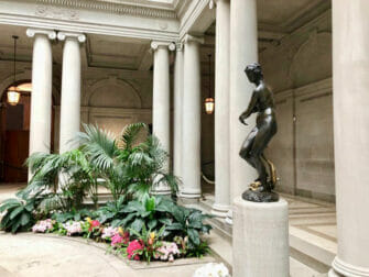 The Frick Collection a New York Statue
