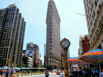 Flatiron Building a New York Horloge