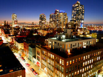 Williamsburg a Brooklyn Nuit sur un Rooftop