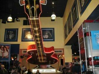 Restaurants a Theme a NYC- Hard Rock Cafe