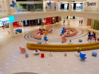 American Dream Mall pres de New York Boutiques